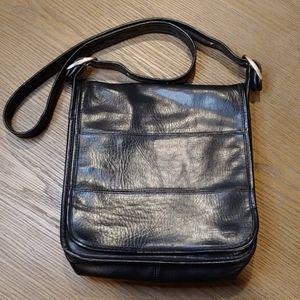 📣 FLASH SALE Vintage- Coach Black Leather handbag